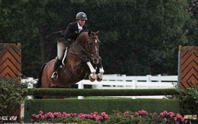 Caitlyn Shiels and Cassius Win $5,000 USHJA National Hunter Derby at Chicago Festival of the Horse!